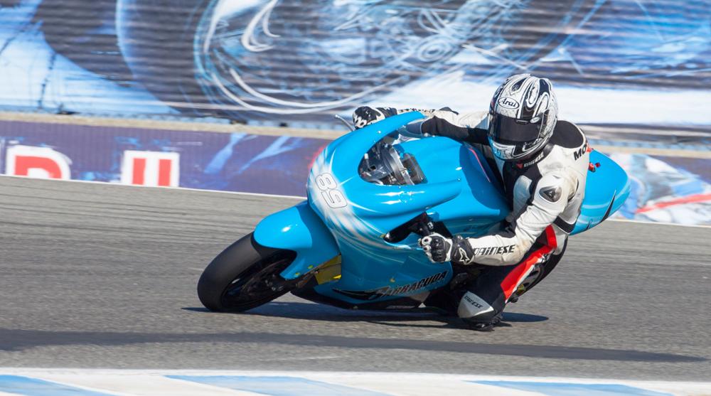 Электрический мотоцикл – самый быстрый во всем мире